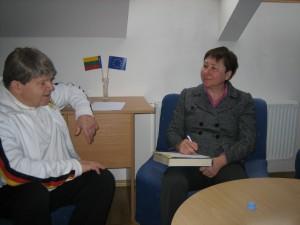 profesorė L.F.Vasiljeva ir A. Esertas